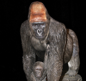wood-carving-gorilla-thumb